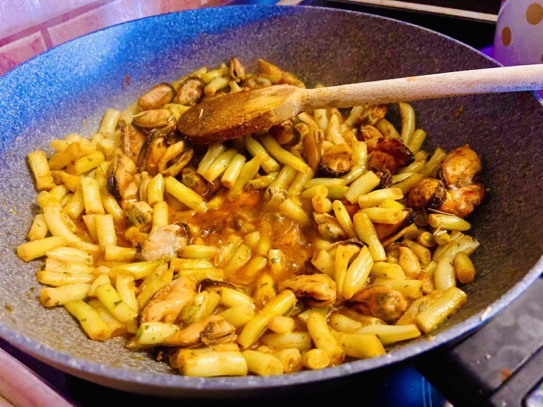 Νηστίσιμη Κέτο Μεσογειακή Συνταγή – Μύδια με φασολάκια!